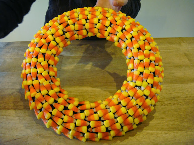 diy candy corn wreath for Halloween
