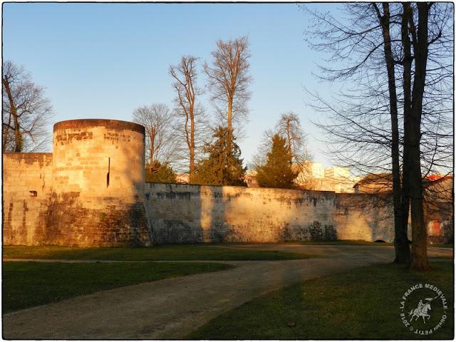 SAINT-DIZIER (52) - Remparts médiévaux