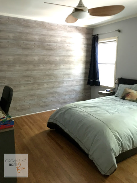 Fake planked wall with wallpaper in a teen boy's room :: OrganizingMadeFun.com