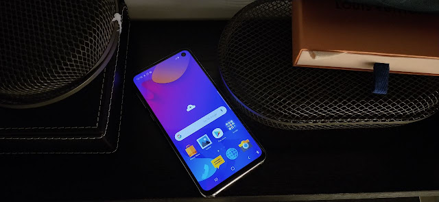 Samsung Galaxy S10e Features