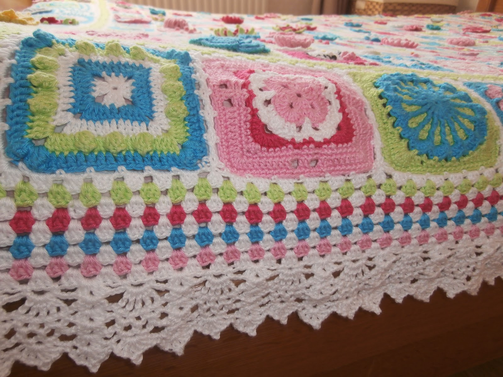 366 grannysproject 2012 Alle vierkantjes bij elkaar