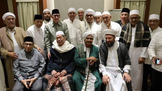 [Habib Umar bin Hafidz] Politik Ulama adalah Mengayomi, bukan Mencela dan Berkata Kasar