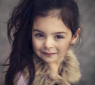 صور بنات صغار عيونهم زرق