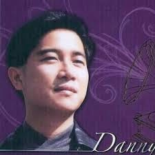 Danny Chan 陳百強 Chinese Pinyin Lyrics 喝采 www.unitedlyrics.com