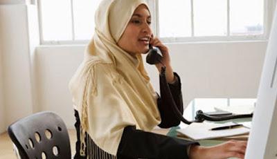 Suami Pengangguran Hidup dari Penghasilan Istri, Apa Hukumnya dalam Islam?