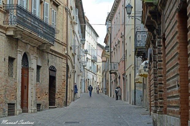 Offida, Corso Serpente Aureo