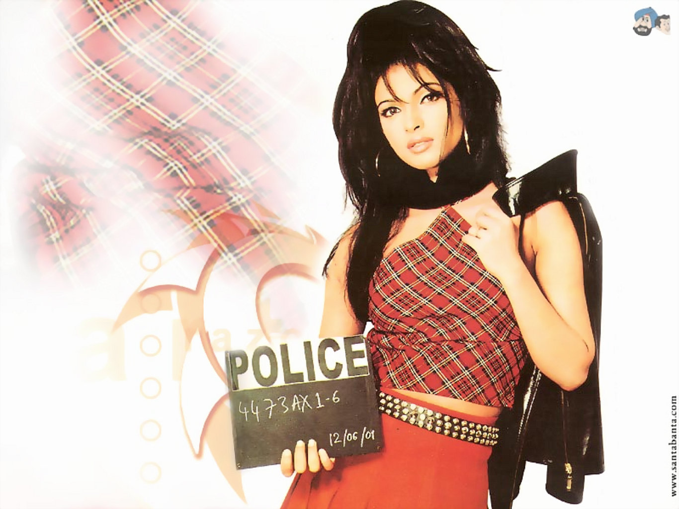 Priyanka Chopra Hot Fashion Desktop Wallpaper
