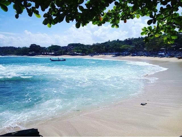 Indahnya Pantai Rancabuaya Garut
