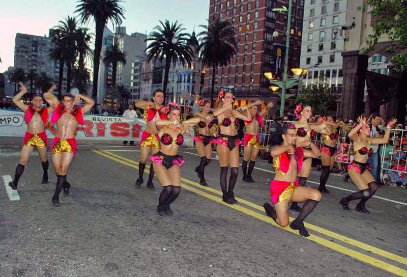Desfile Inaugural del Carnaval. 2015. Krisis.