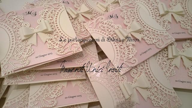 silvia. Il coordinato realizzato per Silvia e MircoColore Bianco Colore Rosa Colore Rosa Cipria Colore Rosa Pesca Partecipazioni intagliate Partecipazioni Pizzo pizzo Tema cuori Tema Farfalle