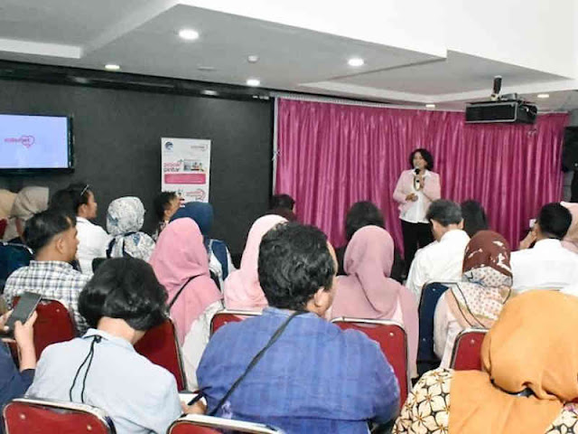 Kominfo Dorong Perempuan Indonesia Kembangkan Wirausaha Digital