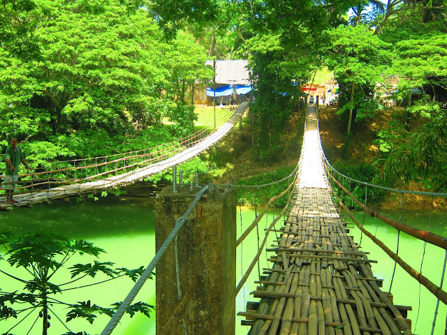 hanging bridge bohol