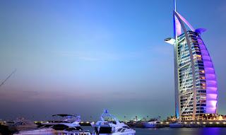 Emirates lancia una campagna per promuovere Dubai