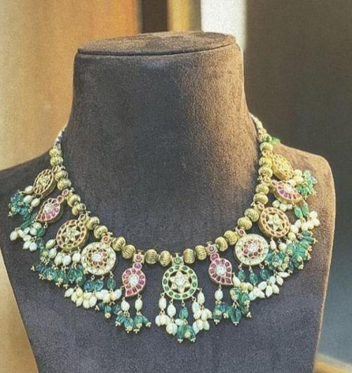 Nakash and Kundan Chokers
