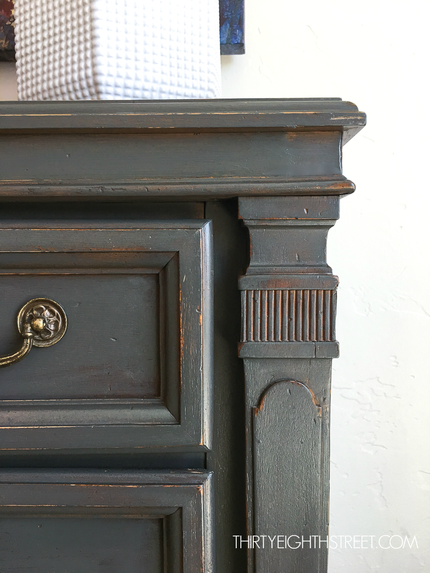 A rustic painted dresser that's distressed, beautiful diy farmhouse furniture.
