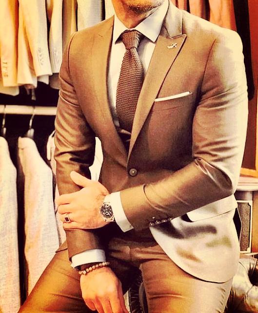 color ideal para un traje a la medida
