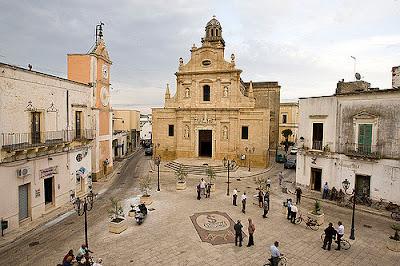 Piazza Plebiscito in Salice Salentino Puglia