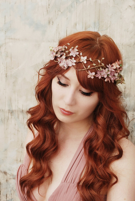 Hairstyles for a unique headpiece and crazy dress ...
