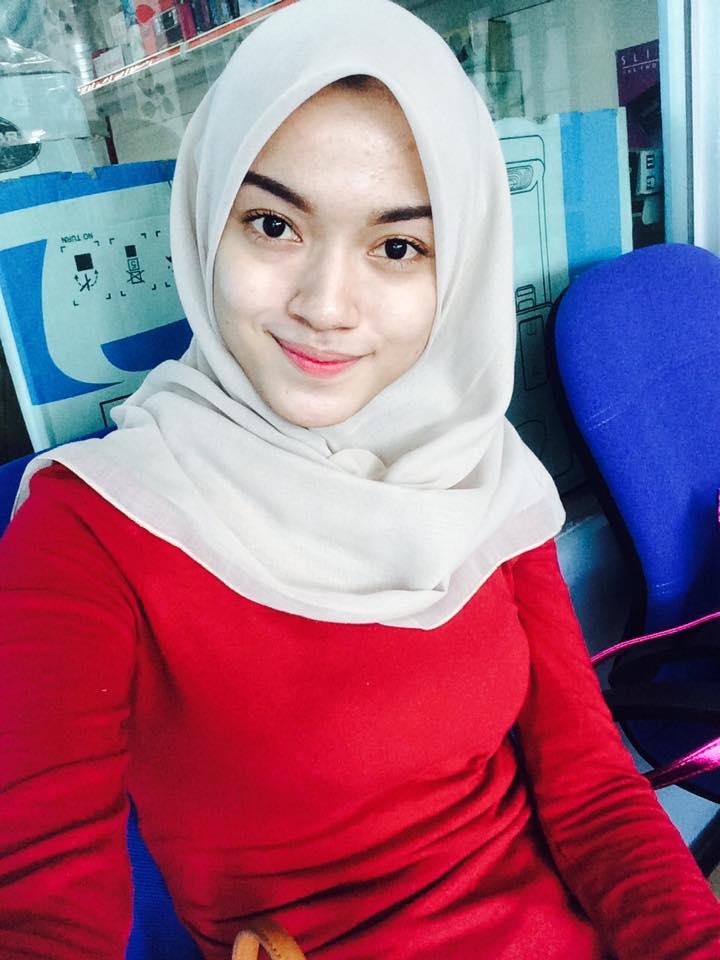 Cantiknya Wanita Berhijab Body Langsing | Hijab Seksi