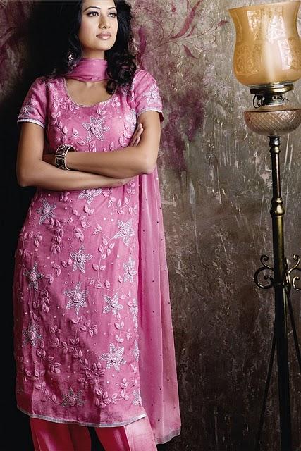 Girl Punjabi Suit Wallpaper Salwar Kameez Designs Fashion Biz