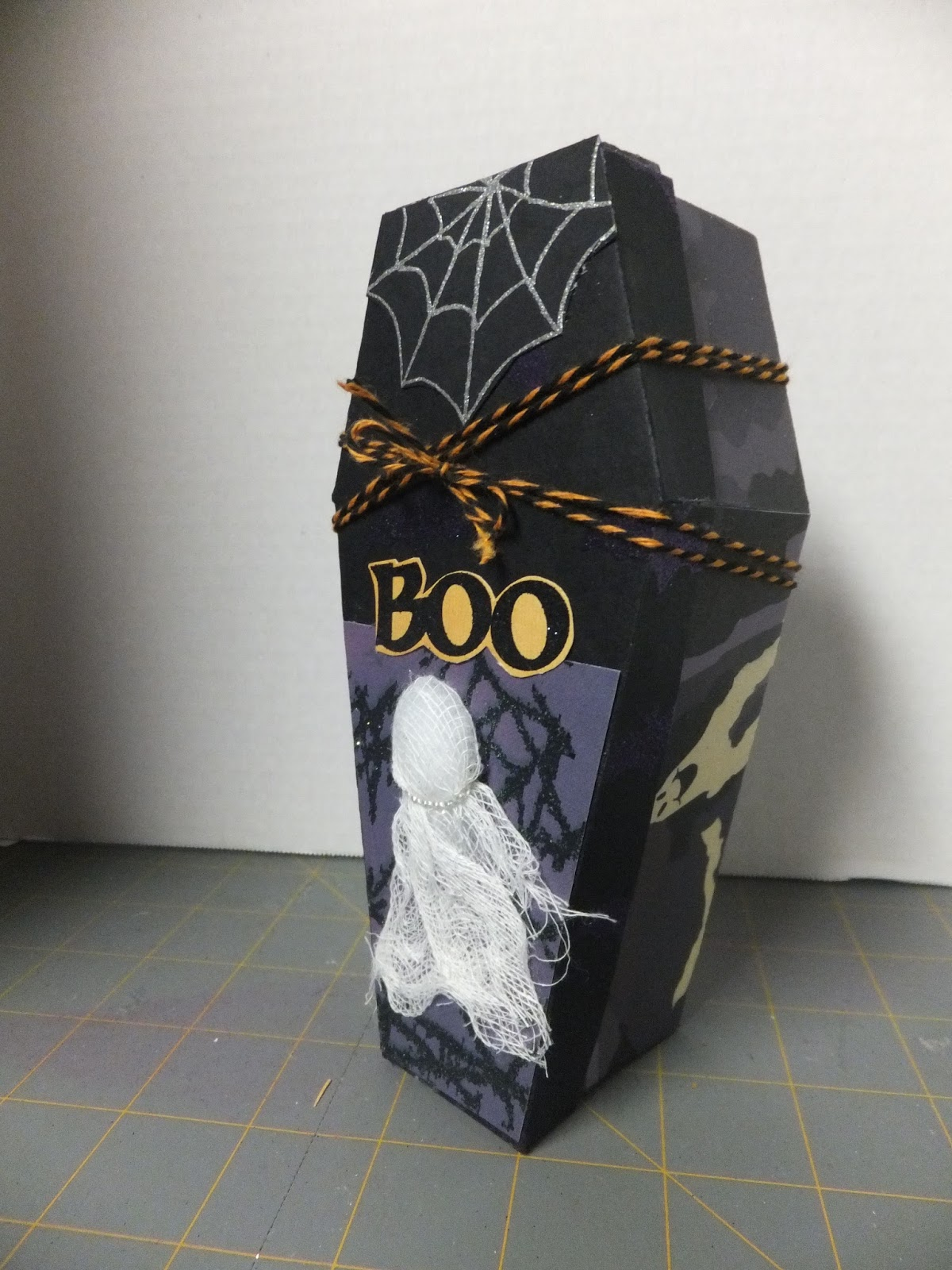 Off the Rails Scrapbooking: Tombstone or Coffin for those Halloween ...