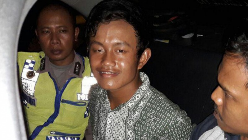 Ekspresi Agus Wiguna saat ditangkap polisi