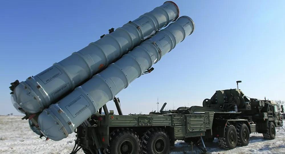 La Cancillería rusa destaca el carácter defensivo del despliegue de los S-400 en el Ártico