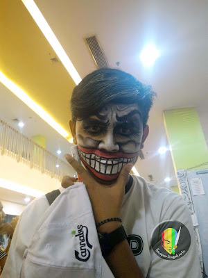 face painting-smailing joker2