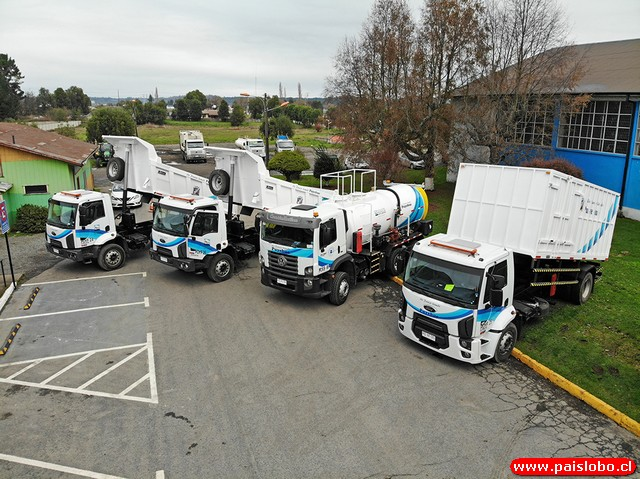 Comuna de Puyehue recibe cuatro camiones