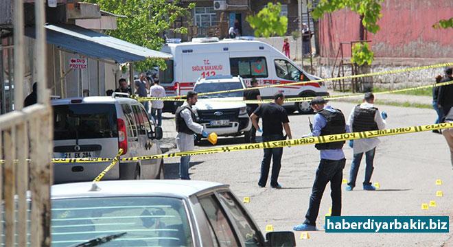 Diyarbakır Yenişehir'de silahlı kavga: 1'i ağır 3 yaralı