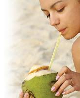 manfaat air kelapa untuk kesuburan wanita