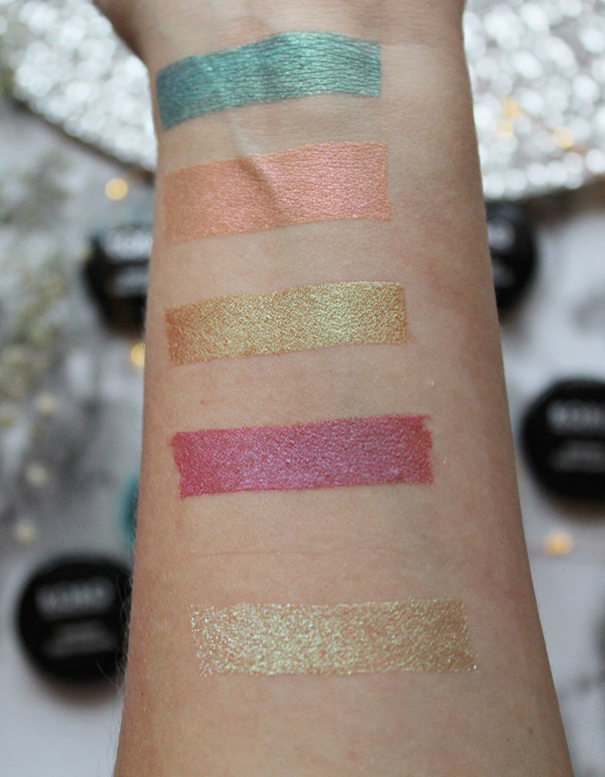 Kobo Professional Fantasy Pure Pigment swatch