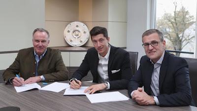 Lewandowski extiende contrato
