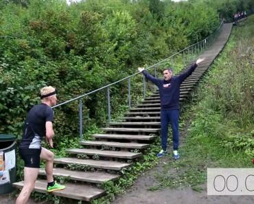 Il monte 426 marches d'escalier en 64 secondes!