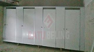 Aplikator Cubicle Toilet Surabaya