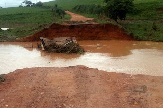 http://vnoticia.com.br/noticia/2513-decreto-que-vai-beneficiar-municipios-atingidos-pelas-chuvas-nao-inclui-sfi