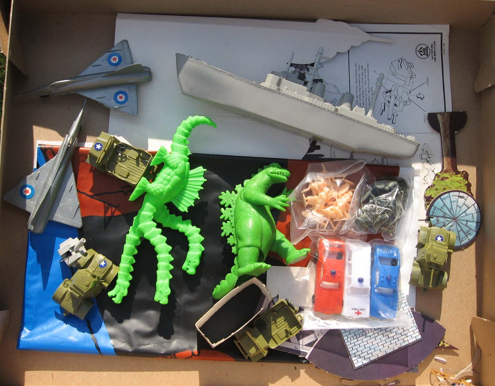 Materialist Zen 1978 Hg Toys Godzilla Battles The