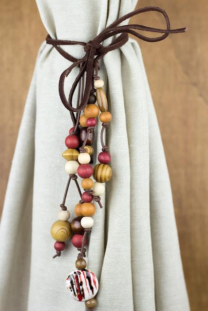 DIY | Vorhanghalter mit Holzperlen