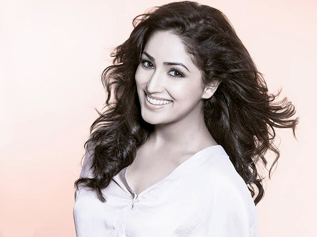 yami gautam hot wallpapers