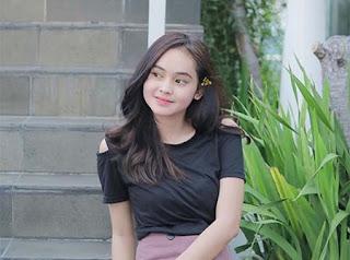 Angel Lisandi Putri Cantik