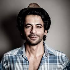 Indian TV Comedian Actor Sunil Grover salary for per day, small screen actor, Income pay per Day, he is 2nd Highest Paid in 2016