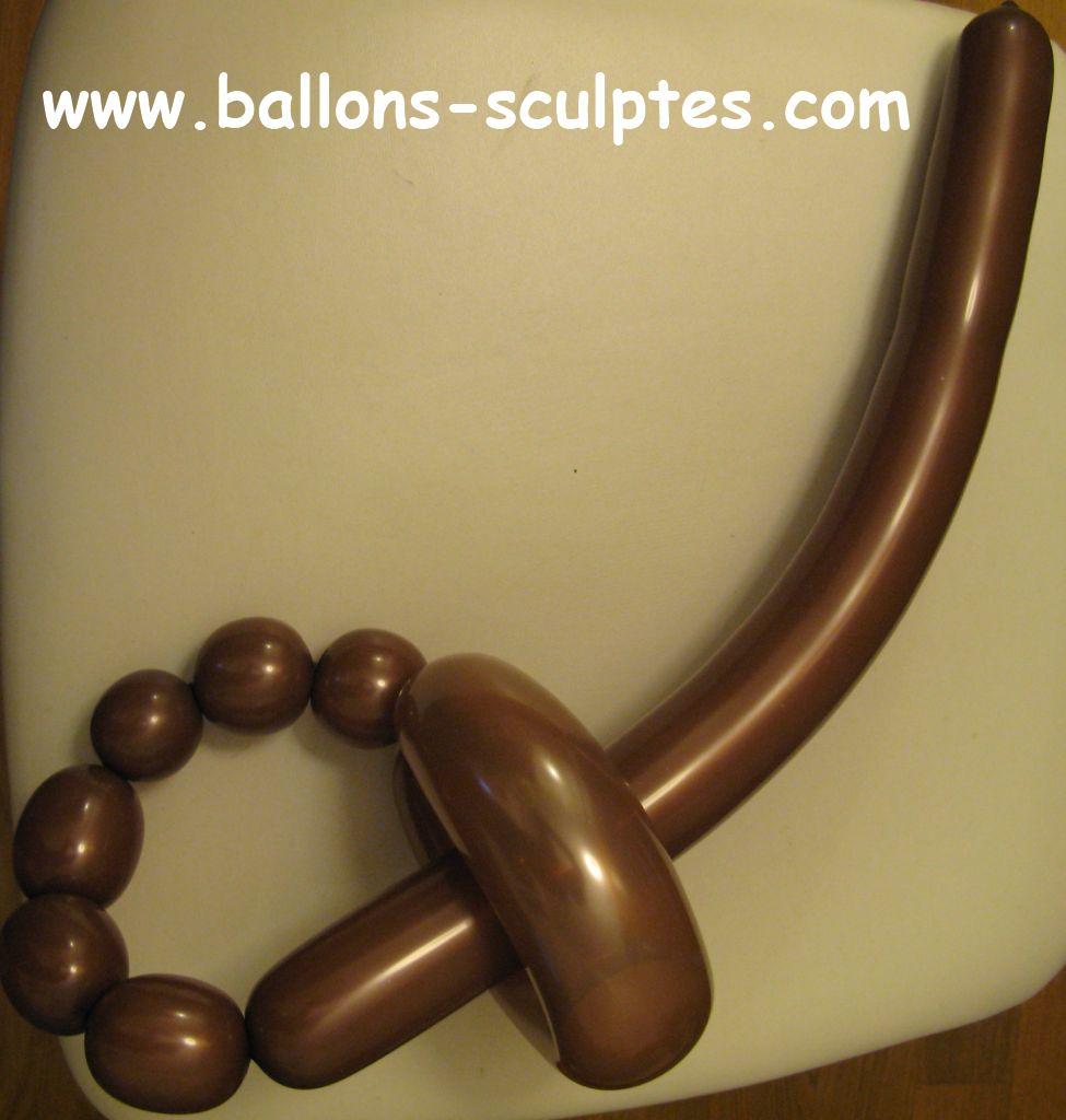 ballons sculpt s ep e de pirate en ballon. Black Bedroom Furniture Sets. Home Design Ideas