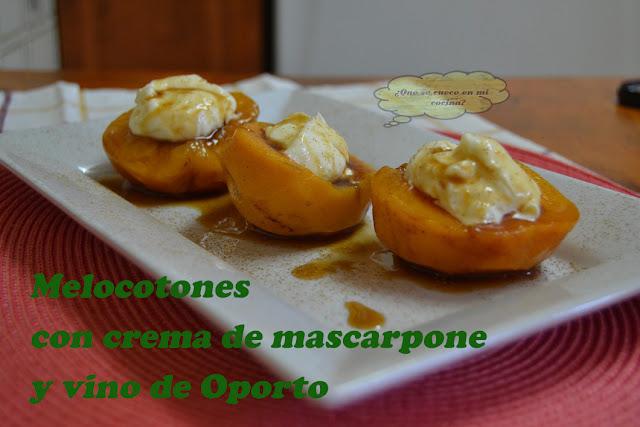 Melocotones con crema de mascarpone y Oporto