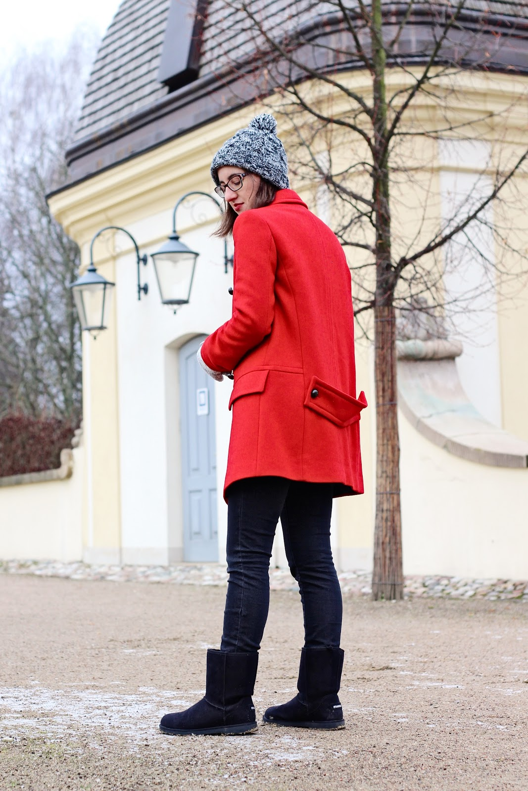 czerwony płaszcz Zara