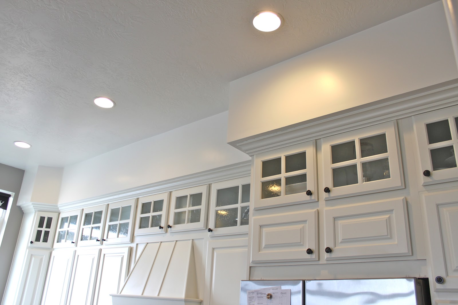 Crown Moulding Above Kitchen Cabinets Kitchen Soffits Crown Molding Kitchen Design Ideas