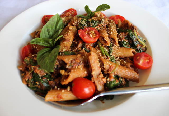 Sun-Dried Tomato Penne with a Creamy Cashew Sauce
