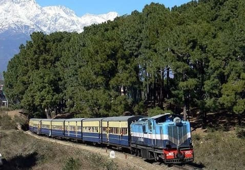 best-train-of-kangra_train_himachal