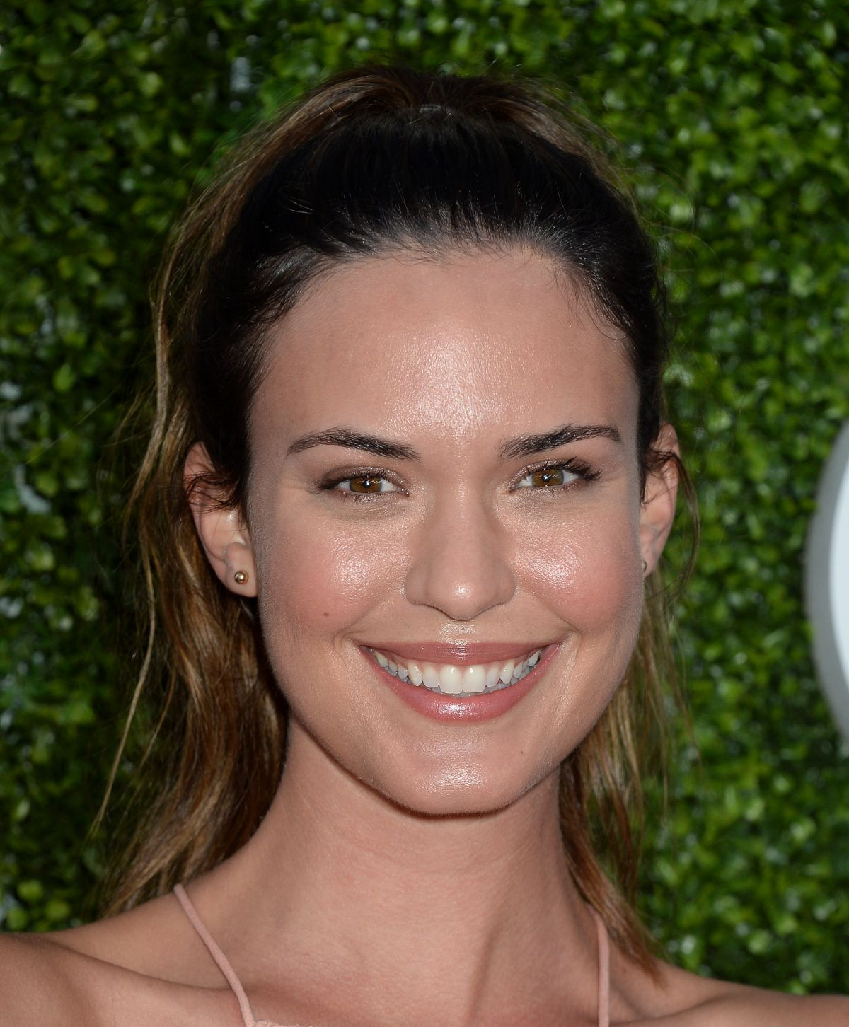 Full HQ Wallpapers of Odette Annable At CBS CW And Showtime 2016 TCA Summer Press Tour Party In Westwood