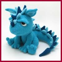 Gracioso dragón amigurumi