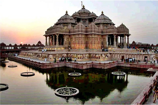 Swaminarayan Akshardham Temple, Delhi  IMAGES, GIF, ANIMATED GIF, WALLPAPER, STICKER FOR WHATSAPP & FACEBOOK